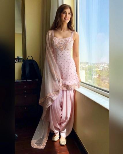 4 Contemporary Salwar Suit Styles Reloading Passé Fashion | Readiprint Fashions Blog