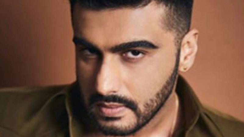 Arjun Kapoor tests positive for COVID-19, isolates himself at home