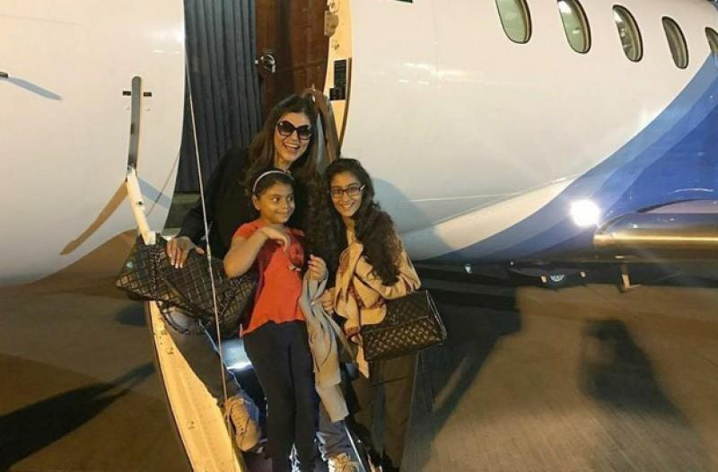 Sushmita Sen pens an endearing note as her daughter Renee turns 21 : Bollywood News - Shweta Singh