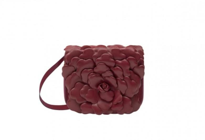 Get a First Look at Valentino's Celebrity-Approved Atelier 03 Rose Edition Handbag