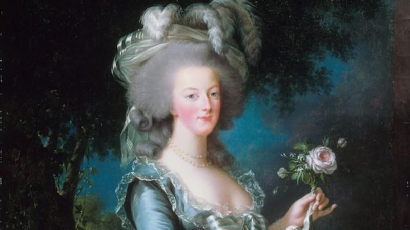 11 Tips From Marie Antoinette's Beauty Regimen