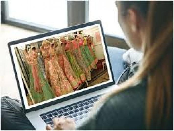 Shopping online for your wedding Here's what to keep in mind