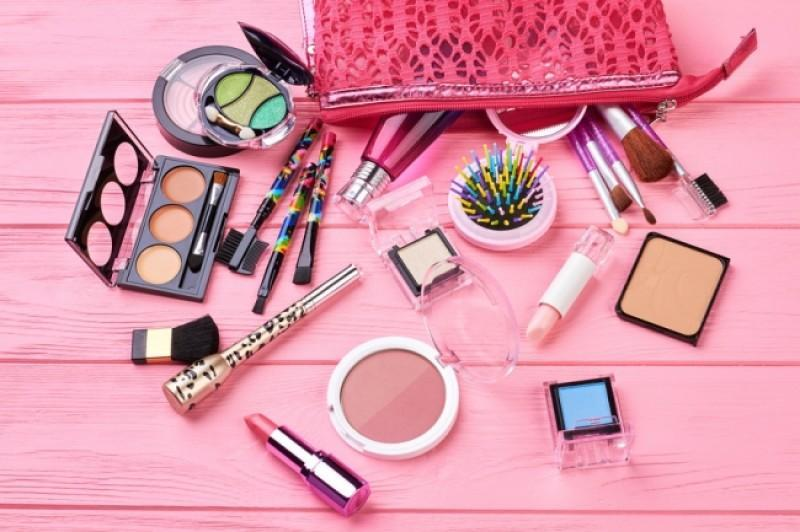 Nine Tips for a More Sustainable Beauty Regime
