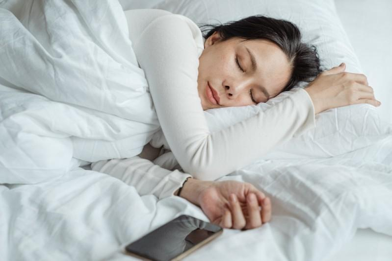 5 Tips for Getting Better Sleep for You and Your Family's Health