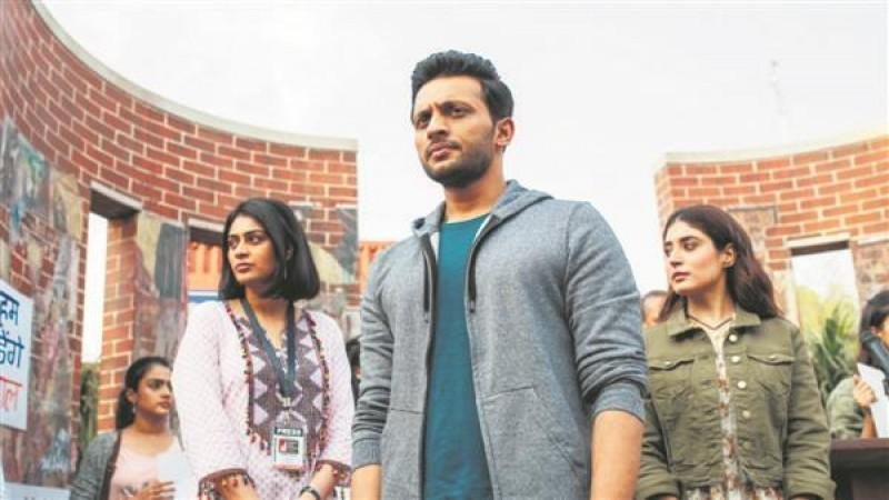 Web series Tandav has landed in controversy while Richa Chadha too faces a threat