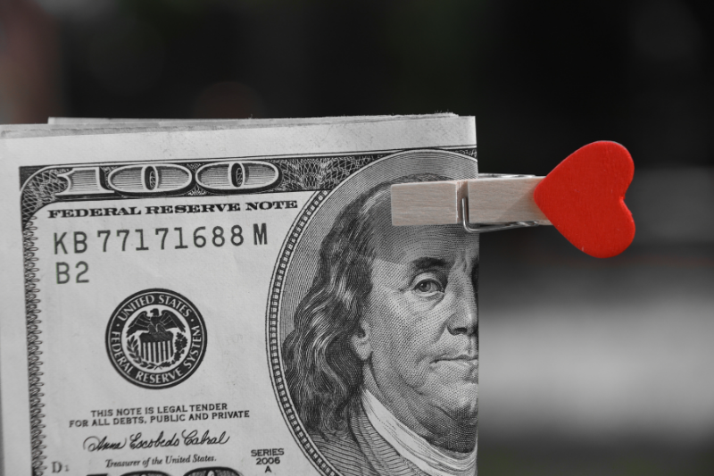 Love & Money: 5 Ways to Have a Happier Relationship Through Money Talks