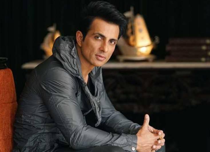 Man asks Sonu Sood to sponsor his wedding; actor has a hilarious response