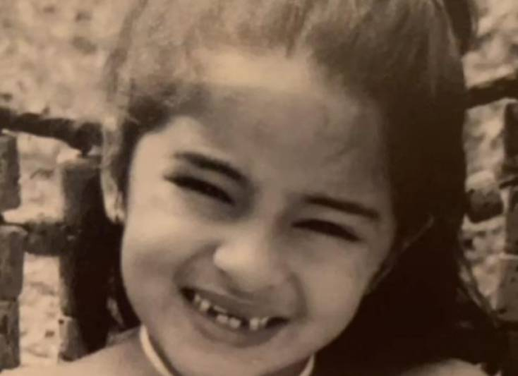 Ananya Panday shares a super adorable picture from her childhood