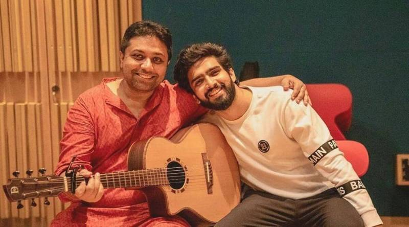 Imtiaz Ali, Amaal, Armaan Malik come out in support of Bollywood guitarist who suffered Covid-induced brain stroke, seek funds for his treatment