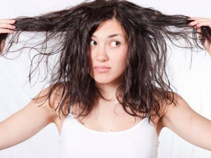 Does your hair get greasy really fast? Tips to keep it clean for longer