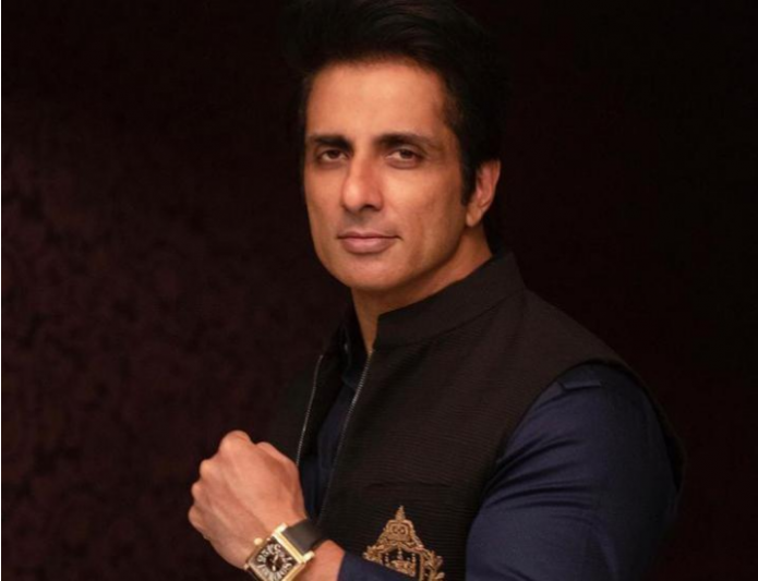 Sonu Sood Penned An Inspirational Note For Indians Who Lost Loved Ones In This Pandemic