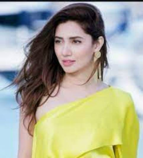 Pakistani actress made shocking revelation on not working in Bollywood said I was scared