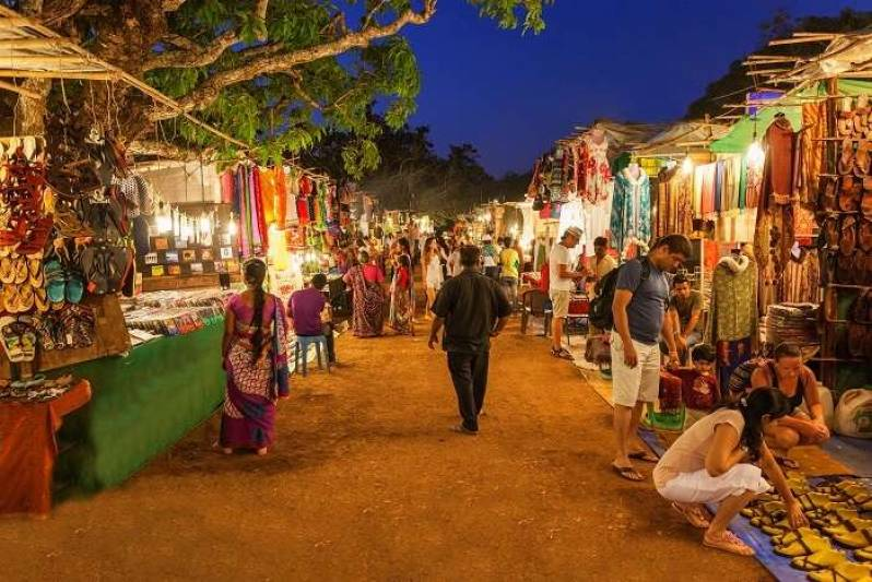 Treat The Shopaholic In You With These Best Street Shopping Places In India.