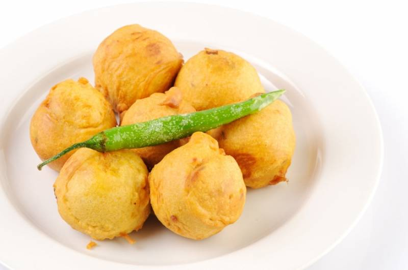 This Protein-Loaded Egg Potato Pakoda Recipe Is Excellent For Evening Snacks Menu