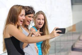 Social media struggle: Atlantic Canadian expert offer tips for parents to help kids, teens develop healthier online use