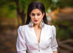 """""""I receive hate mail and a lot of negative comments too"""" – Priyamani on being so rough on Manoj Bajpayee in The Family Man 2"""