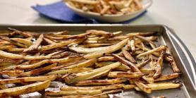 Joy Bauer makes crispy french fries in the oven