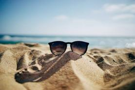 5 tips to help keep your employees productive this summer