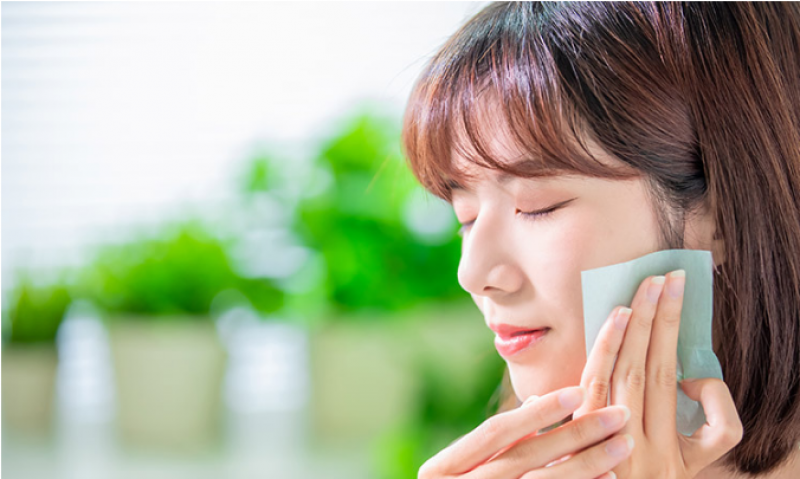 People use skin care at young age to delay signs of aging