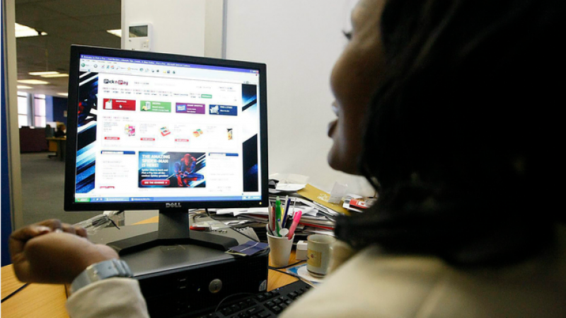 Online shopping safety tips: How to avoid being scammed
