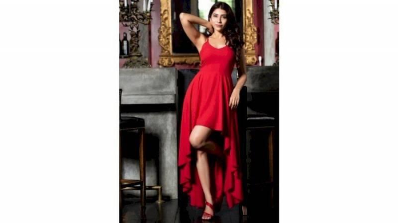 Bollywood Actress Elakshi Gupta opens up on her Marathi debut 'Bhram'
