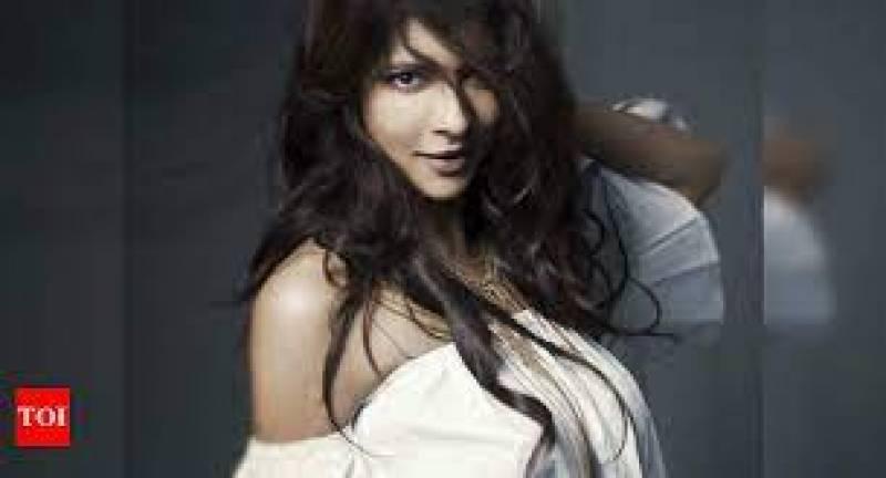 Lakshmi Manchu to make her web series debut in Telugu?