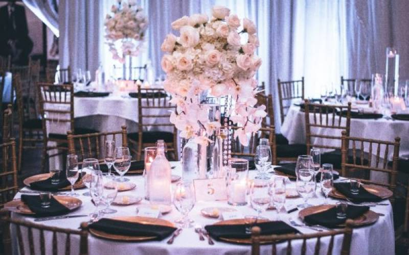 6 Types Of Settings For Your Wedding Venue in 2021