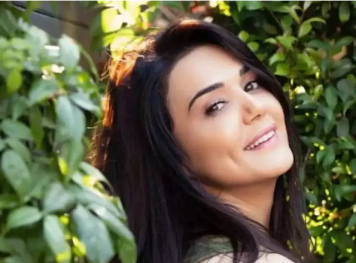 Preity Zinta celebrates 23 years in Bollywood I must confess I'm a bit overwhelmed-watch video