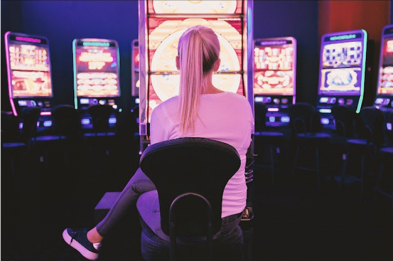 4 Fashion Tips for a Night at the Casino